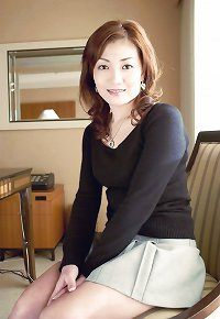 Japanese Mature Woman 77